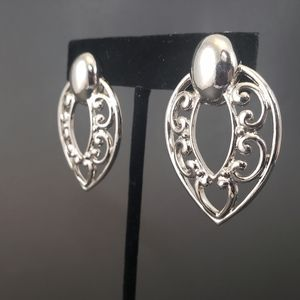 TRUE VINTAGE SILVER CLIP ON EARRINGS